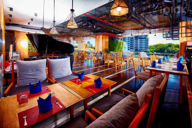 Nichada-Thani-vapor-restaurant